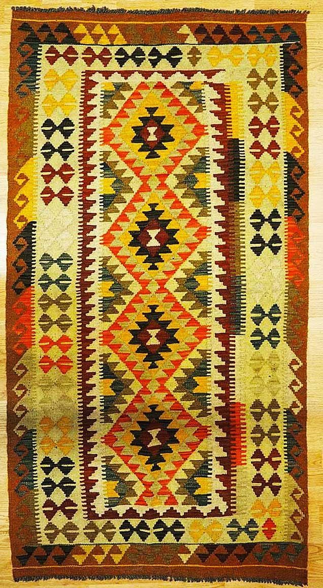 tappeto kilim 196x103 190euro 533